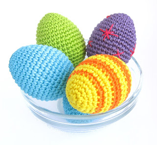 Вязаные пасхальные яйца крючком
