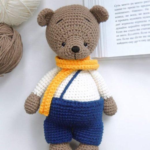 Вязаный медвежонок Бари